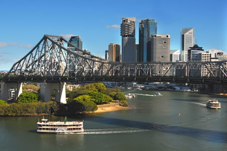 Weekday Brisbane River Lunch Cruise on a Paddlewheeler - Romantic Dining Experience