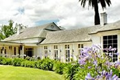 Luxury Getaway With Dinner And Breakfast For Two In The Yarra Valley -