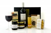 Red or White Wine and Treats Christmas Hamper -