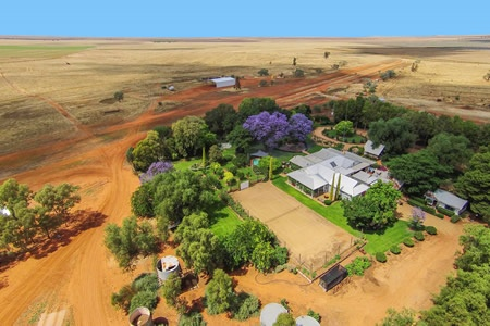 Two Day Australian Outback Station Farm Stay, Rest and Relaxation Adventure