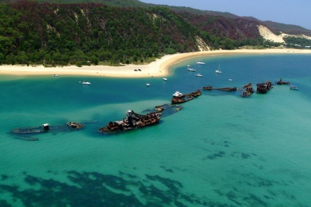 1 Day Moreton Island Snorkel and Sandboard Adventure Tour