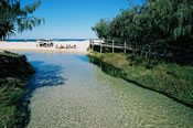 Fraser Island 3 Day Kingfisher Bay Eco Resort 4WD Tour -