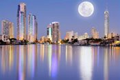 Surfers Paradise Sunset Kayak Adventure -