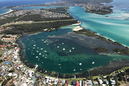 30 Minute Scenic Helicopter Flight over Lake Macquarie -
