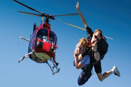 12,000ft Tandem Heli Skydive over Newcastle -