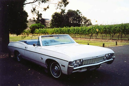 Yarra Valley Winery and Brewery Tour in a Convertible Chevrolet -