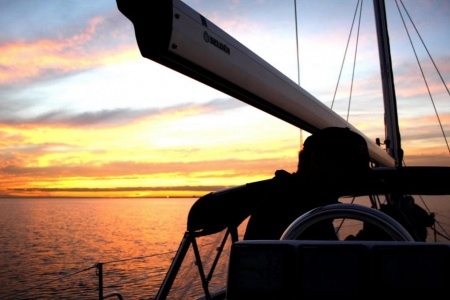 Mornington Peninsula Sunset Cruise - Sailing & Yacht Charter