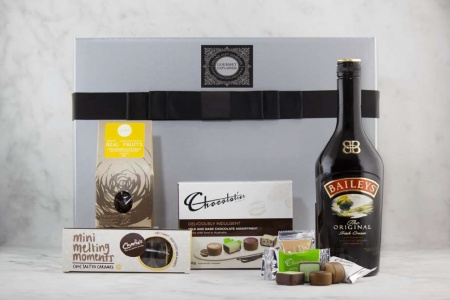 Bailey Liqueur and Chocolate Indulgence Hamper - Gourmet Box
