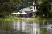 Lakeside Lunch for Two on the Mornington Peninsula - Romantic Dining Experience