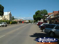 Gundagai Main St . . . CLICK TO ENLARGE