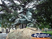 Cooma Statue in Centenery Park . . . CLICK TO ENLARGE