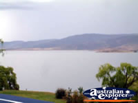 Lake in Jindabyne . . . CLICK TO ENLARGE