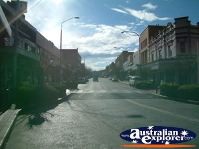 Main Street in Lithgow . . . CLICK TO VIEW ALL LITHGOW POSTCARDS