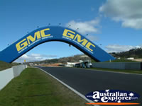 Bathurst Mt Panorama Archway . . . CLICK TO ENLARGE