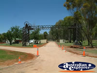 Balranald Caravan Park Gateway . . . CLICK TO ENLARGE