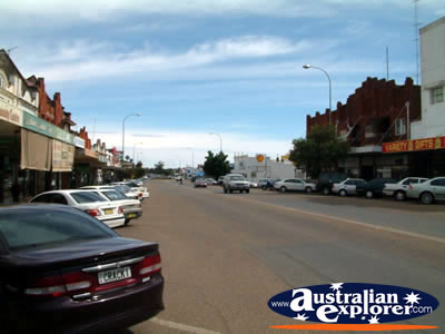 Quiet Cootamundra Street . . . CLICK TO VIEW ALL COOTAMUNDRA POSTCARDS