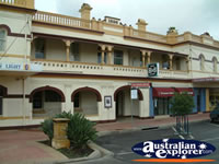 Narrabri Club House Hotel . . . CLICK TO ENLARGE