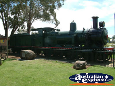 Parkes Train Tourism . . . CLICK TO VIEW ALL PARKES POSTCARDS