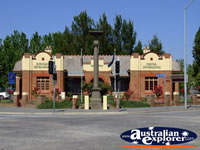 Queanbeyan Visitors Information Centre . . . CLICK TO ENLARGE