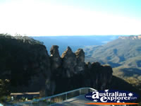 Katoomba, Three Sisters . . . CLICK TO ENLARGE