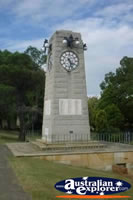 Taree War Memorial . . . CLICK TO ENLARGE