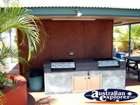 BBQ area of Darwin Marina View Apartments . . . CLICK TO ENLARGE