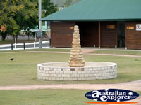 Eidsvold Fountain . . . CLICK TO ENLARGE