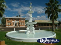 Cunnamulla War Memorial Fountain . . . CLICK TO ENLARGE