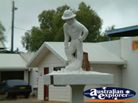 Charleville Statue . . . CLICK TO ENLARGE