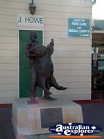 Blackall Jackie Howe Statue World Champion Blade She . . . CLICK TO ENLARGE