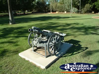 Blackall War Memorial Gun . . . CLICK TO ENLARGE