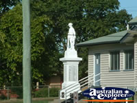 Tiaro War Memorial . . . CLICK TO ENLARGE