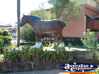 Laidley Statue . . . CLICK TO ENLARGE
