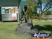 Mt Isa Miner Statue . . . CLICK TO ENLARGE