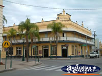 Maryborough Post Office Hotel . . . CLICK TO ENLARGE