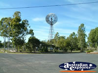 Springsure Windmill . . . CLICK TO ENLARGE