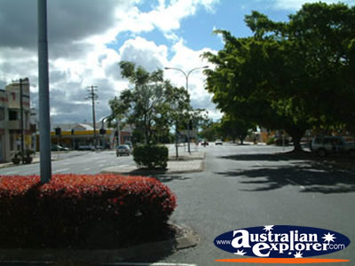 Sunny Bundaberg Street . . . CLICK TO VIEW ALL BUNDABERG POSTCARDS