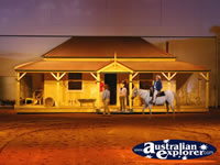 Australian Outback Spectacular House . . . CLICK TO ENLARGE