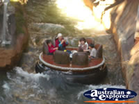 Thunder River Rapids ride at Dreamworld . . . CLICK TO ENLARGE