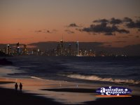 Surfers Paradise at night . . . CLICK TO ENLARGE