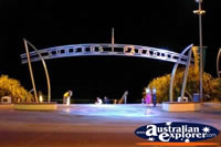 Surfers Paradise Beach Entrance . . . CLICK TO ENLARGE