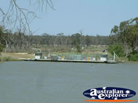 Waikerie Murray River Ferry . . . CLICK TO ENLARGE