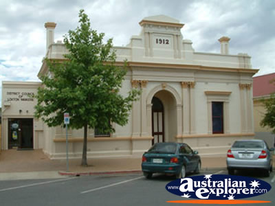 Loxton Waikerie Council . . . CLICK TO VIEW ALL LOXTON POSTCARDS