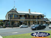 Naracoorte Hotel-motel . . . CLICK TO ENLARGE