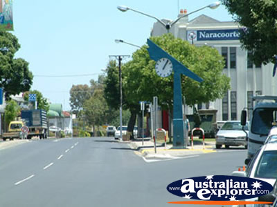 Naracoorte Street . . . VIEW ALL NARACOORTE PHOTOGRAPHS