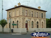 Penola National Bank Building . . . CLICK TO ENLARGE