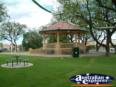 Loxton Gazebo . . . CLICK TO VIEW ALL LOXTON POSTCARDS
