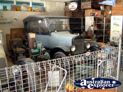 Loxton Historical Village Vintage Car . . . VIEW ALL LOXTON PHOTOGRAPHS