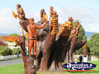 Carved Memorial Trees . . . CLICK TO ENLARGE
