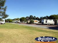 Colac Lake Caravan Park . . . CLICK TO ENLARGE